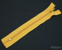 No.3 尼龙卡拉拉链(闭口/针锁头)