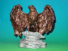 彩繪老鷹-擺飾藝品  0061