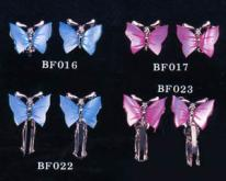 贝类蝴蝶耳环