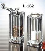 Salt Shaker & Pepper Mill Set, 盐撒 & 胡椒 研磨组