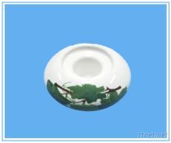 白色贴花圆形烛台