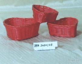 塑膠仿藤心形籃