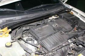 引擎室拉桿