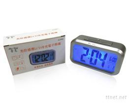 光控感应LCD冷光电子鬧钟