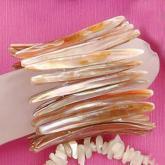 淡水貝狗牙手環