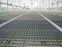 溫室用塑膠植床