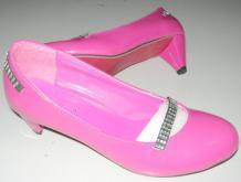 外贸库存时尚女鞋-库存鞋