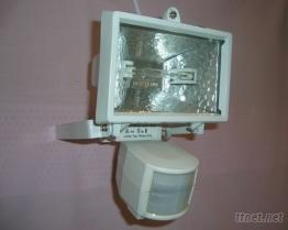 紅外線自動感應燈(白色)