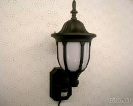 古典型自動感應燈