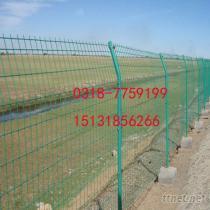 質優價廉鐵絲圍欄, 雙邊絲護欄網