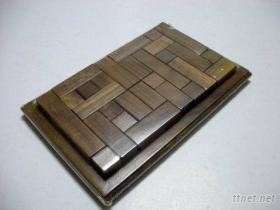黑桃木拼图