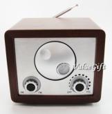 復古木製收音機