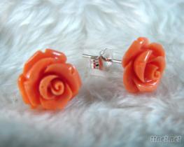 桃紅珊瑚雕刻玫瑰耳針