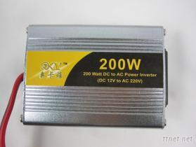 200W汽车电源转换器 车载逆变器 电源逆变器 带USB