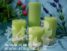 綠色圓柱套裝蠟燭