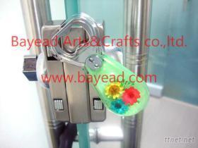 全國品質最好的生產供應商深圳貝雅精美工藝獨家研發制造各種琥珀飾品,工藝品,裝飾品等