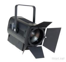 LED变焦影视聚光灯