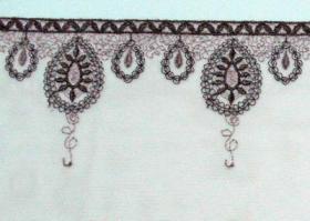 刺繍のランジェリー