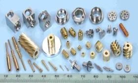 小型CNCの旋盤の部品