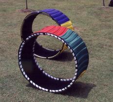 Tourner Hall avec le cercle de Hula