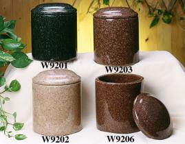 De kunstmatige Urnen van de Crematie van het Graniet