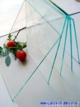 明確な板ガラス