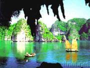 Dragon's Pearl Junk Cruise - Halong Bay in Vietnam