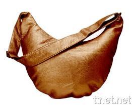 Dame Shoulder Bag