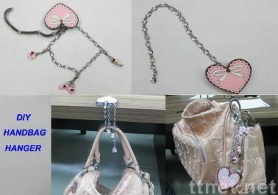 DIY Handbag Hanger