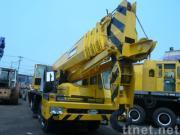 使用されたTADANOのトラッククレーンTG-650E (秒針のクレーン車65ton)