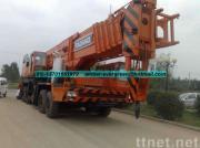 使用されたTADANOのトラッククレーン160T