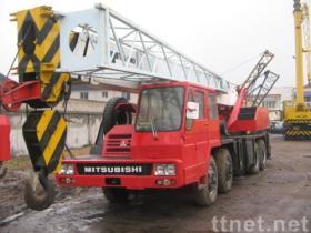 35トンはTADANOのトラッククレーンを使用した