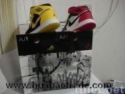 De schoenen van het merk