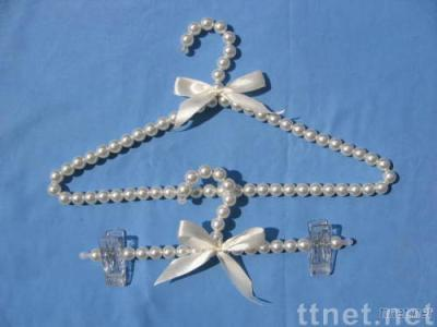 pearl clothes hanger