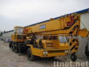 KATOのトラッククレーンNK250E