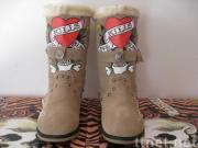 $60 Ed boots