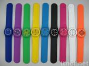 Klaps-auf analogen Uhren