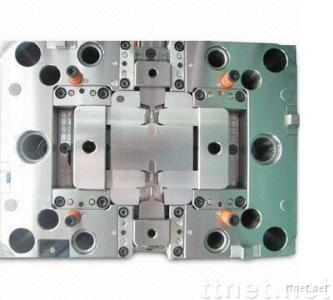 Mold Tooling with DME Standard Components and 300,000 Shots Estimated Lifespan