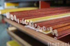 フェノールの布によって薄板にされる棒