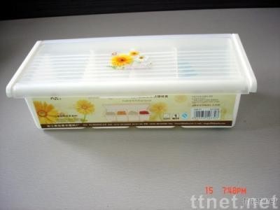 Plastic Seasoning Box