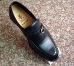 人の形式的な靴