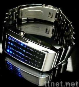 Hot Stainless Steel Case Shine Blue LED Light Digital Date Lady/Women Watch Silver Body Red Lights