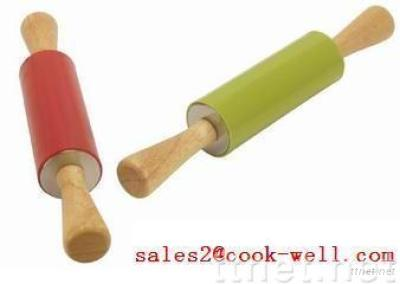 Silicone Rolling Pin With Wood Handle