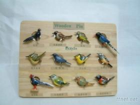 木刻鳥類胸章