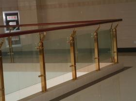 providing stainless steel fence