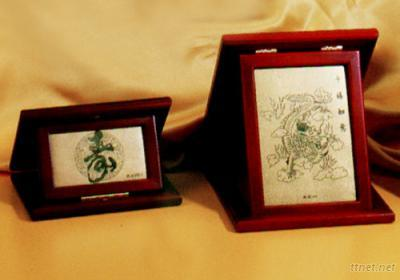 Glod Foil Pictures with Brocade Box