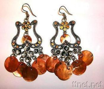 Chandelier Earring and Fashion Jewelry