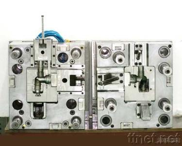 Precision Injection Moulds