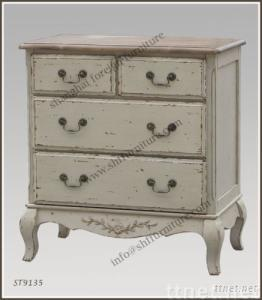 chest with 4 drawers