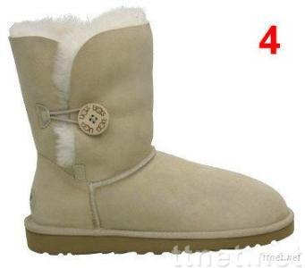 new arrival ugg 5803 women boots winter boots snow boots made in china with R,super A quality,HOT SELL.sz:6-10.